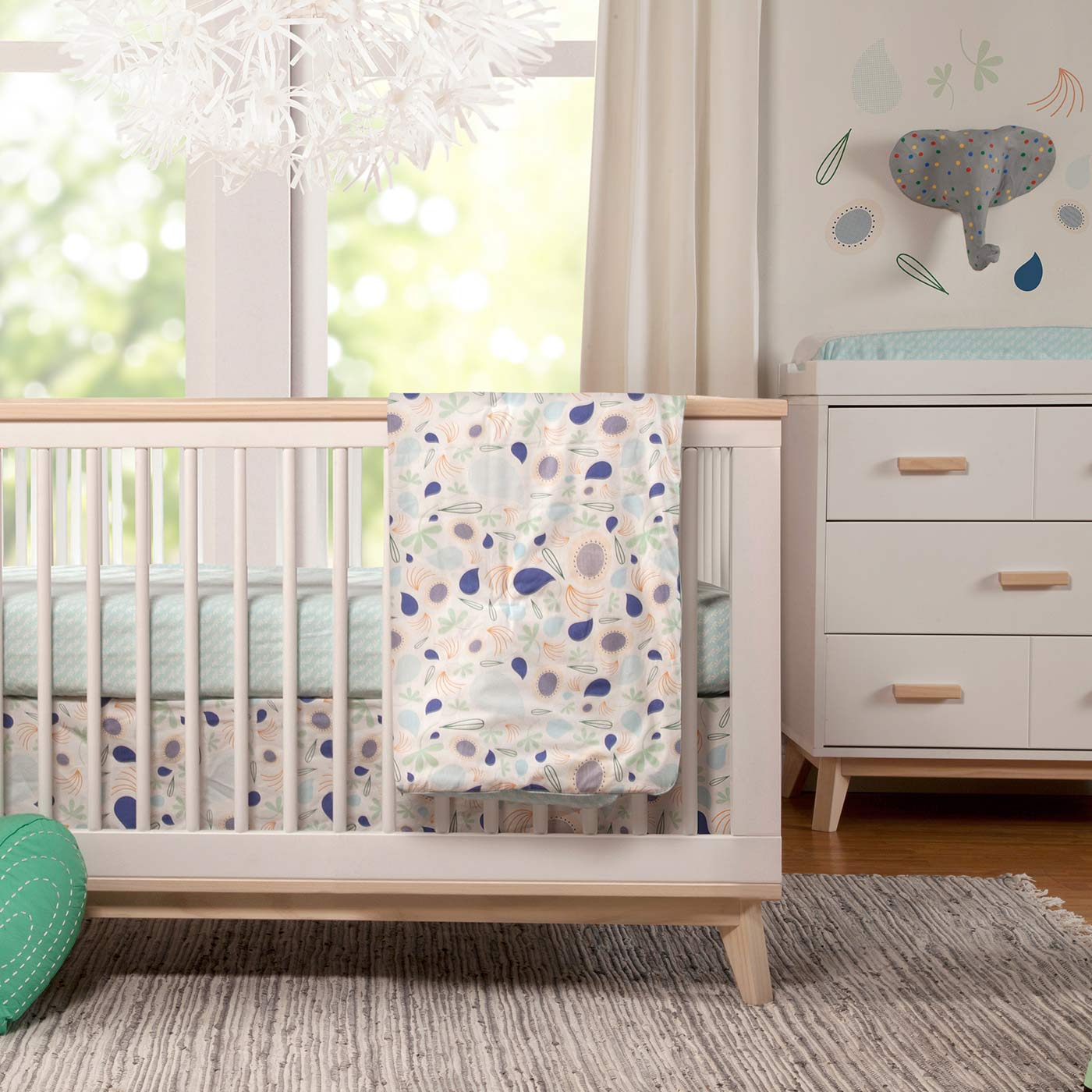 Unisex Crib Bedding Ideas: Starting Before You Know