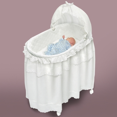 Genial Badger Basket 2 In 1 Portable Bassinet N Cradle With Toybox Base Badger  Basket Portable Bassinet