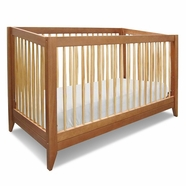 DaVinci Highland Convertible Crib in Chestnut