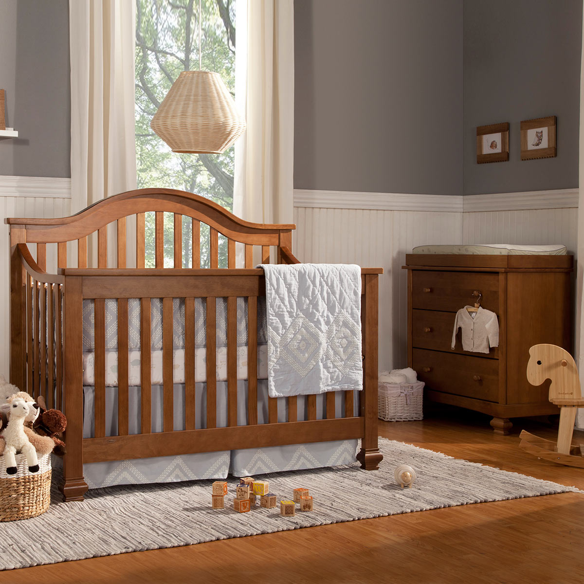 Baby cribs with matching dresser - Davinci 2 Piece Nursery Set Clover 4 In 1 Convertible Crib And Dresser