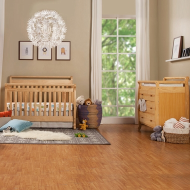 Davinci Emily 2 Piece Nursery Set 4 In 1 Convertible Crib And 3 Drawer Changer