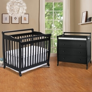 DaVinci Emily 2 Piece Nursery Set -  Mini 2 in 1 Convertible Crib and 3 Drawer Changer in Ebony
