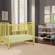 DaVinci 2 Piece Nursery Set - Jenny Lind 3 in 1 Convertible Crib and Changing Table in Sunshine