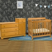 DaVinci Kalani 2 Piece Nursery Set   Mini Crib And Combo Changer/Dresser In  Honey