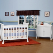 DaVinci 2 Piece Nursery Set - Reagan 4 in 1 Convertible Crib with Toddler Rail and Parker 2 Door Changer  in White
