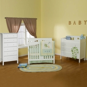 DaVinci 3 Piece Nursery Set - Annabelle Mini Convertible Crib, Jayden 3 Drawer Changer and Jayden 6 Drawer Dresser in White