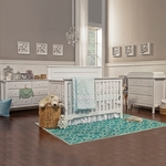 DaVinci 3 Piece Nursery Set - Autumn 4 in 1 Convertible Crib, Changer and Jayden 6 Drawer Dresser in White