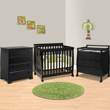 Da Vinci 3 Piece Nursery Set   Kalani Mini Crib, 3 Drawer Changing Table  And 4 Drawer Dresser In Honey Oak FREE SHIPPING