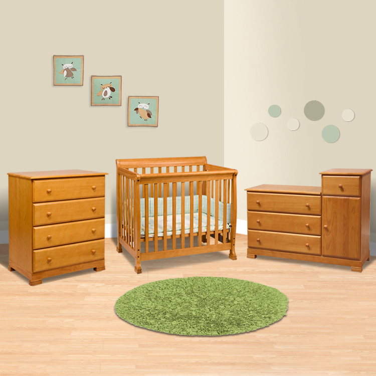 Da Vinci 3 Piece Nursery Set Kalani Mini Crib 4 Drawer Dresser And Combo Changing Table Dresser In Honey Oak Free Shipping