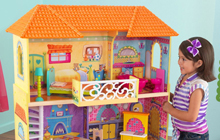 Delightful Dollhouses for Your Daughter