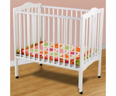 Delta Portable Mini Crib in White