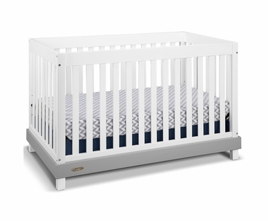 Graco Cribs Maddox Convertible Crib in White/Gray