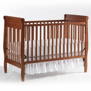 Graco Sarah Crib in Cinnamon