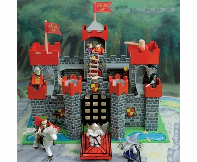 Le Toy Van Lionheart Castle by Hotaling