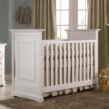 Munire Chesapeake Classic Crib in White - Click to enlarge