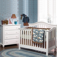 Munire Nursery Set - Coventry Lifetime Crib and 4 Drawer Chest in White