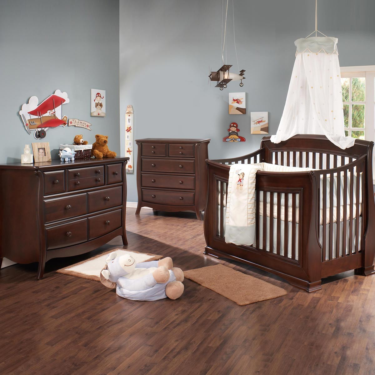 Superbe Natart Bella 3 Piece Nursery Set   4 In 1 Convertible Crib, Double Dresser  And 5 Drawer Dresser In Walnut FREE SHIPPING