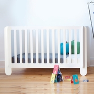 Oeuf Elephant Convertible Crib in White