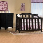 Pali Salerno 2 Piece Nursery Set - Forever Crib and 5 Drawer Dresser in Mochacchino