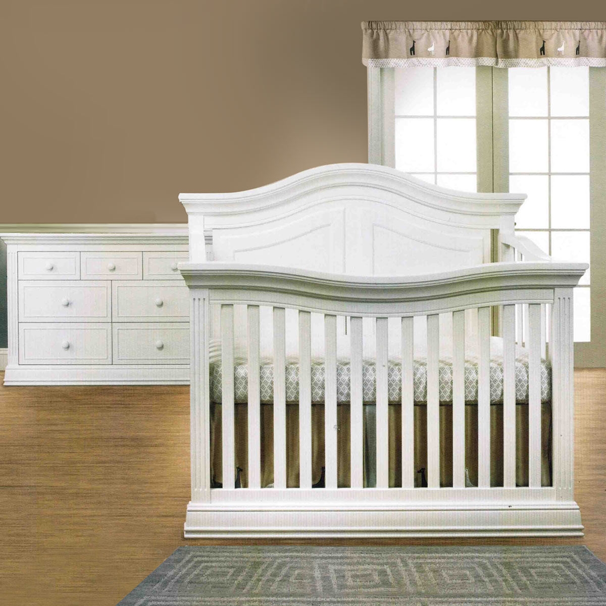 Bonavita crib for sale used - Sorelle Providence 2 Piece Nursery Set 4in1 Convertible Crib And Double Dresser In White Free Shipping