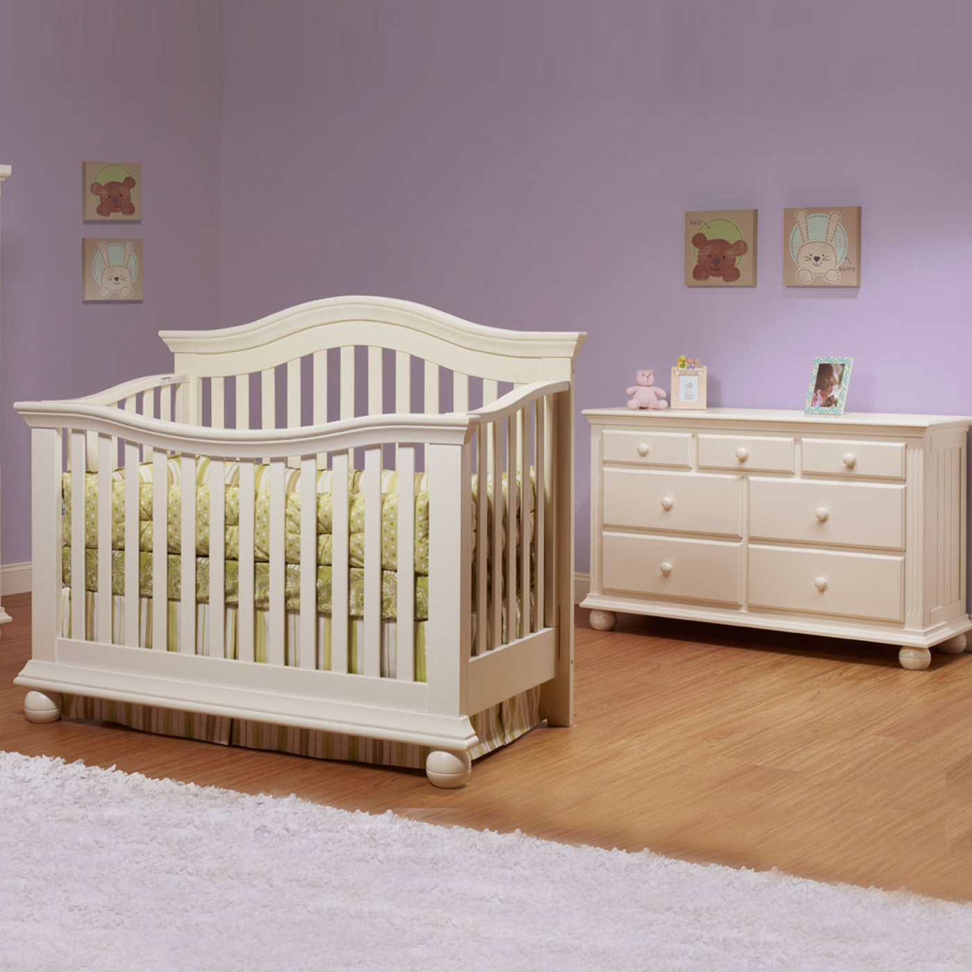 Sorelle Vista 2 Piece Nursery Set Couture Convertible Crib And
