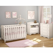 SouthShore 3 Piece Nursery Set - Savannah Crib, Changing Table and 4 Drawer Chest in Pure White