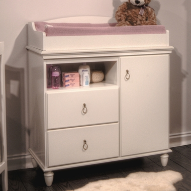 Captivating SouthShore Moonlight Changing Table In Pure White