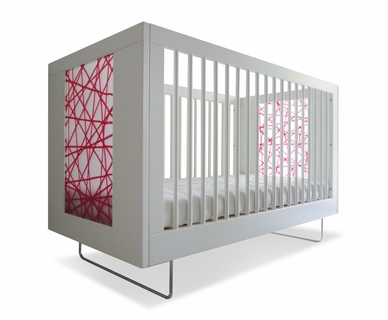 Spot On Square Alto Crib with Red Strands in White