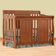 Storkcraft Verona Convertible Crib in Oak