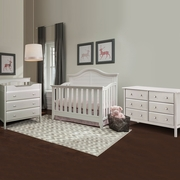 Thomasville Southern Dunes 3 Piece Nursery Set - Lifestyle Crib, Jayden 3 Drawer Changing Table and 6 Drawer Double Dresser in White