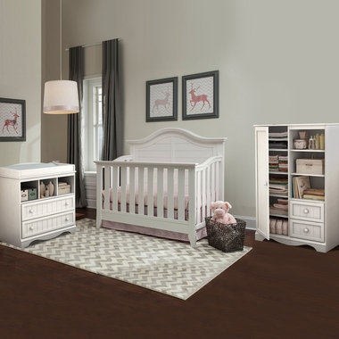 Marvelous Thomasville Southern Dunes 3 Piece Nursery Set   Lifestyle Crib, Savannah Changing  Table U0026 Door