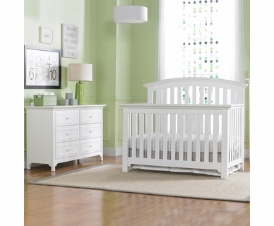 Ti Amo Baci 2 Piece Nursery Set - Convertible Crib and Double Dresser  in Snow White