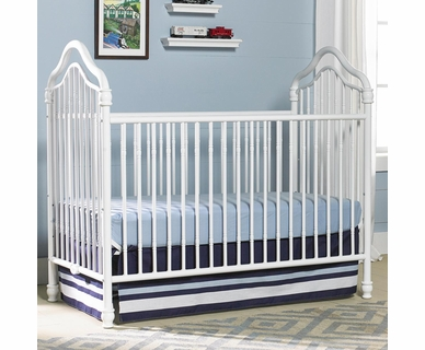 Ti Amo Caden Iron Crib in White