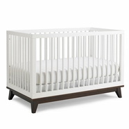 Ti Amo Moderna Crib in White with Espresso