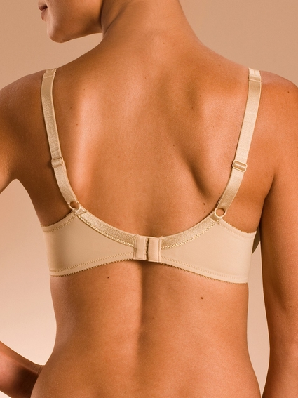 Chantelle Basic Invisible Memory Foam T-Shirt Bra 1241