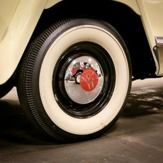 Hub Cap, Chrome, 1946-1955 Willys 2WD Station Wagons and 1948-1951 Jeepsters.
