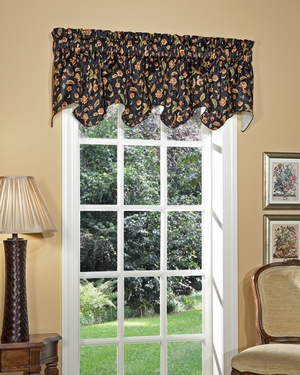 Albion Scalloped Valance