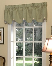 Erica (Mint) Scalloped Button Valance