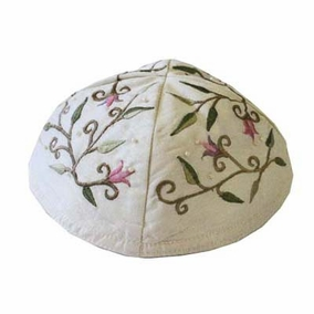 Embroidered Kippah - Flowers CAT# YME - 3. Machine embroidered white Kippah with Flowers embroidery.