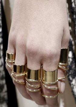 Armor Mid Knuckle Ring