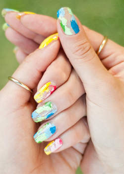 Watercolor Splash Scratch Nails