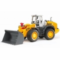 Bruder Toys 02430 - LIEBHER ARTICULATED ROAD LOADER L574