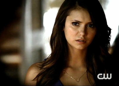"5x06 ""Handle With Care"" - Elena Triangles"
