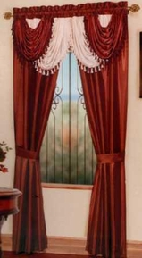 Amore Window Curtain Set (Burgundy)