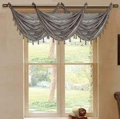 Daisy Printed Waterfall Valance (Grey)