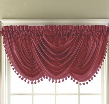 Hilton Waterfall Valance (Berry)