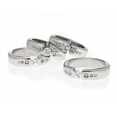Set of 4 Diamond Band Napkin Rings