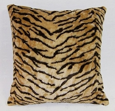 "Tiger Faux Fur Throw Pillow (18""x18"")"