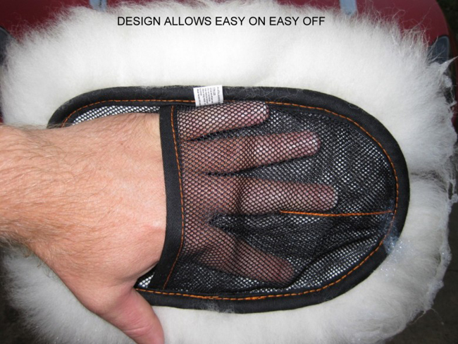 carpro-merino-wool-wash-mitt-7.png