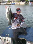 PRO Joe Everett sticking a Fatty 16.8lbs using a Skippy Jig Head